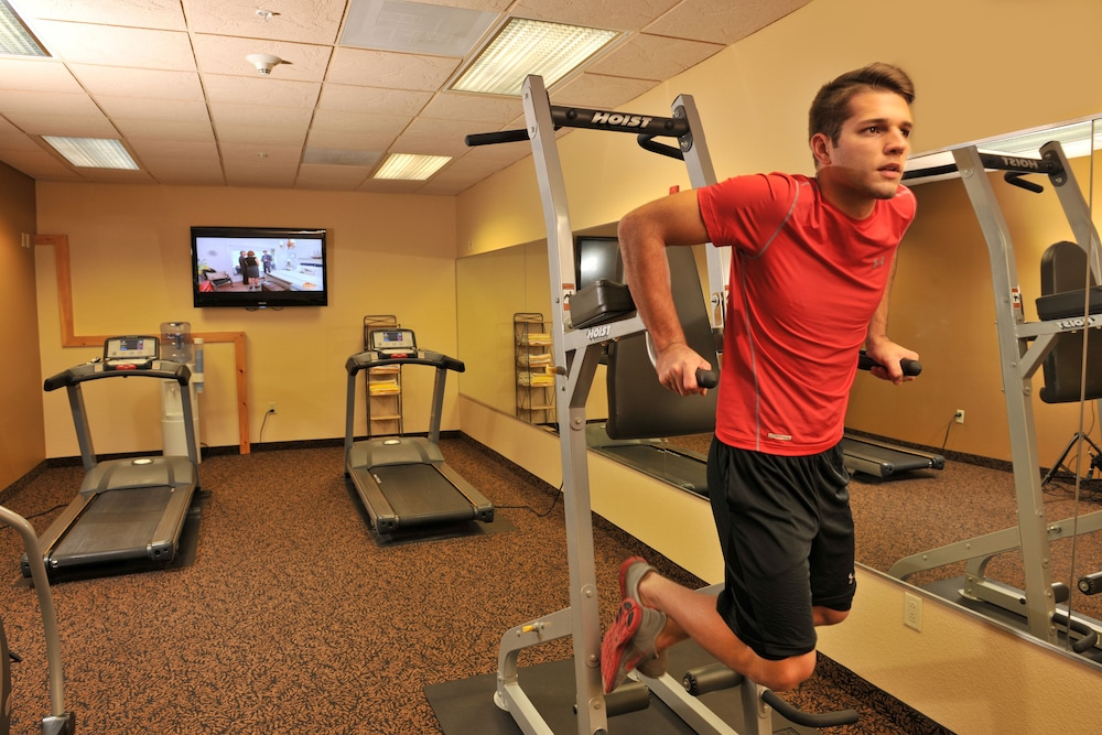 Fitness Facility, Grand Lodge Hotel Wausau - Rothschild