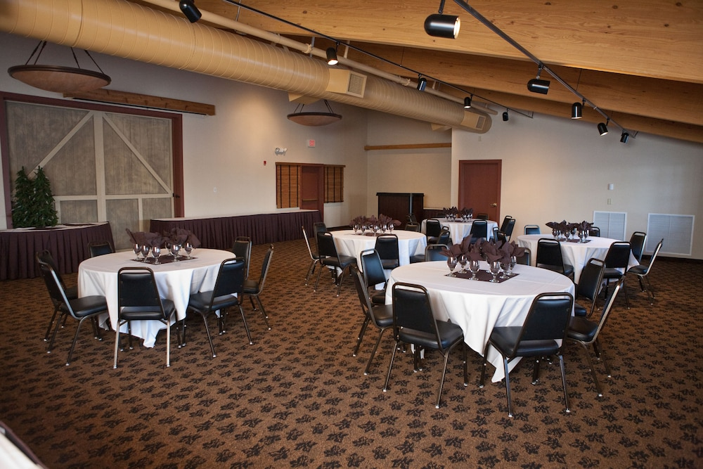 Meeting Facility, Grand Lodge Hotel Wausau - Rothschild