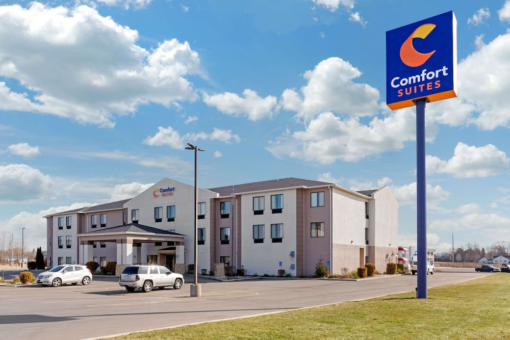 Featured Image, Comfort Suites