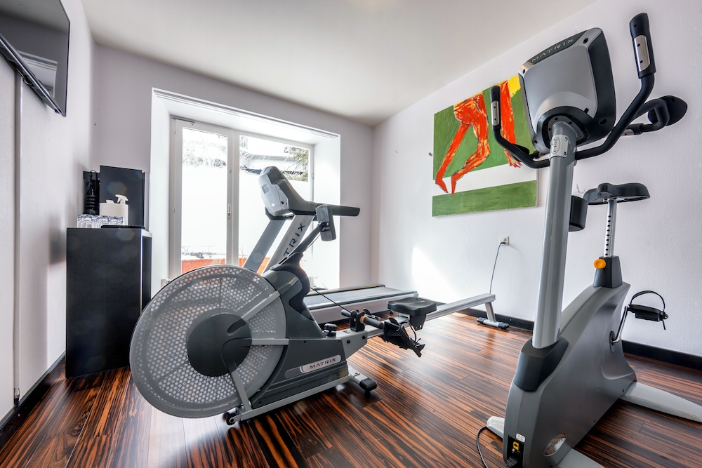 Fitness Facility, The Excelsior Hotel
