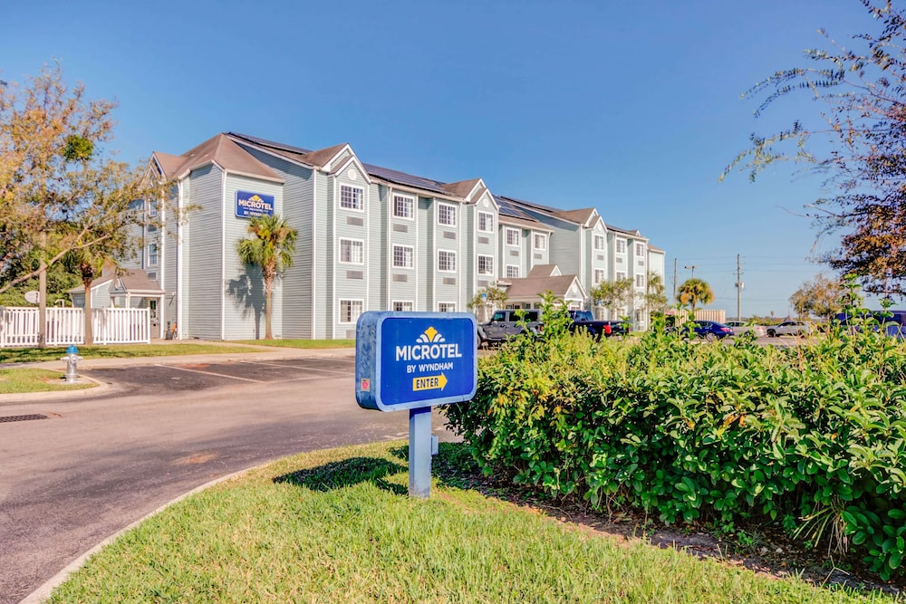 Featured Image, Microtel Inn & Suites by Wyndham Zephyrhills