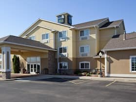 GrandStay Hotel & Suites Becker-Big Lake
