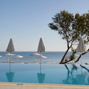 Giannoulis – Grand Bay Beach Resort-Adults Only