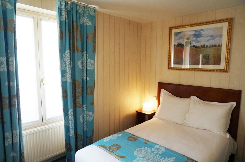Hotel Bellevue Paris Montmartre Booking Com