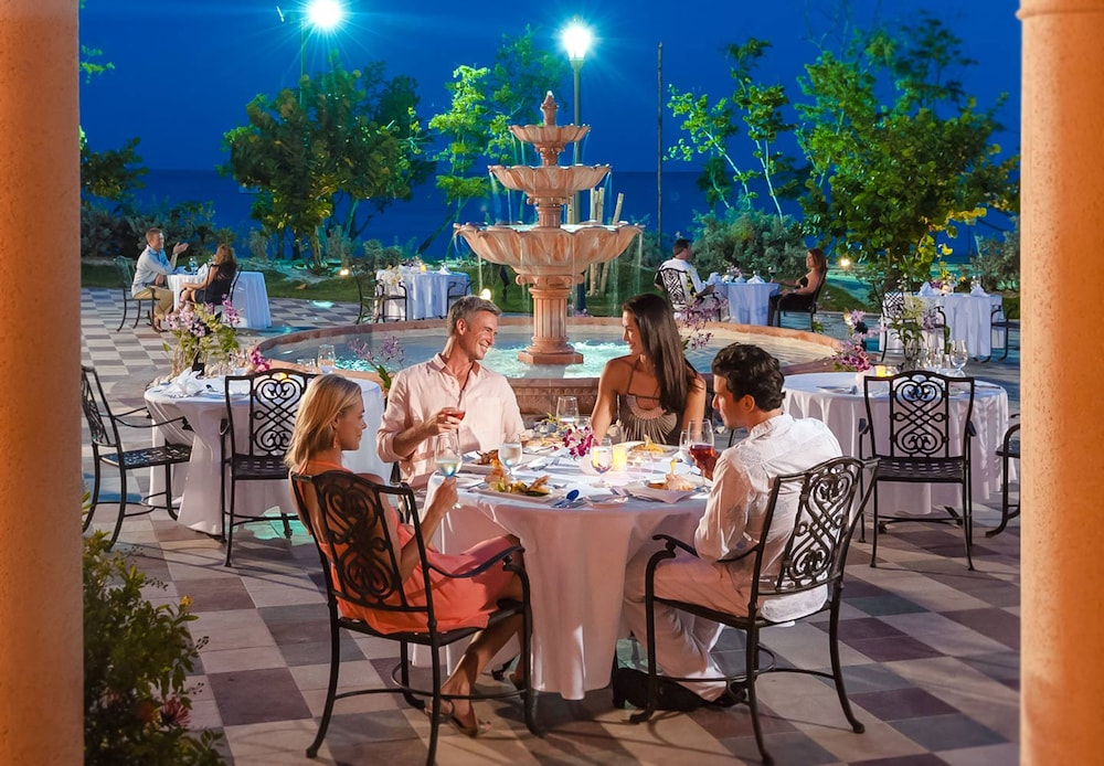 Restaurant, Sandals South Coast - ALL INCLUSIVE Couples Only