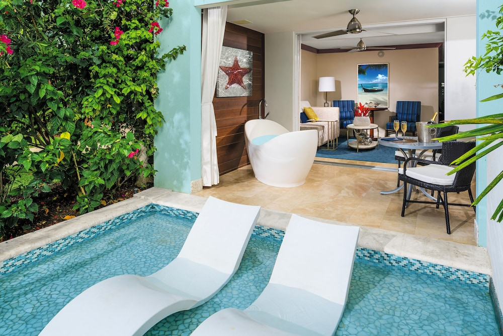 Terrace/Patio, Sandals South Coast - ALL INCLUSIVE Couples Only