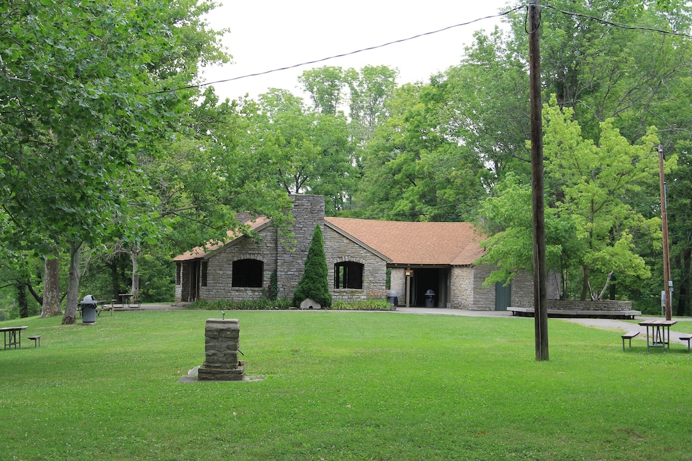 Exterior, General Butler State Resort Park