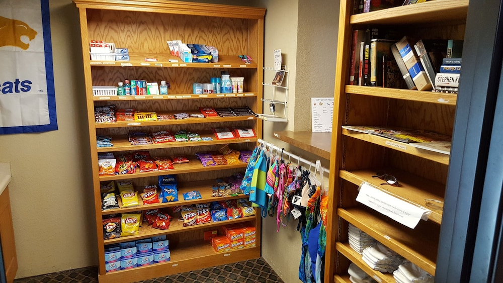 Gift Shop, MountainView Lodge & Suites