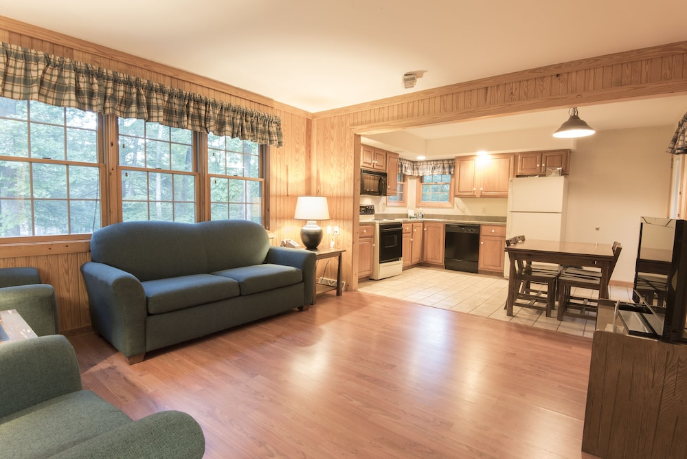 Living Area, Pine Mountain State Resort Park