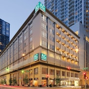 AC Hotels by Marriott Chicago Downtown