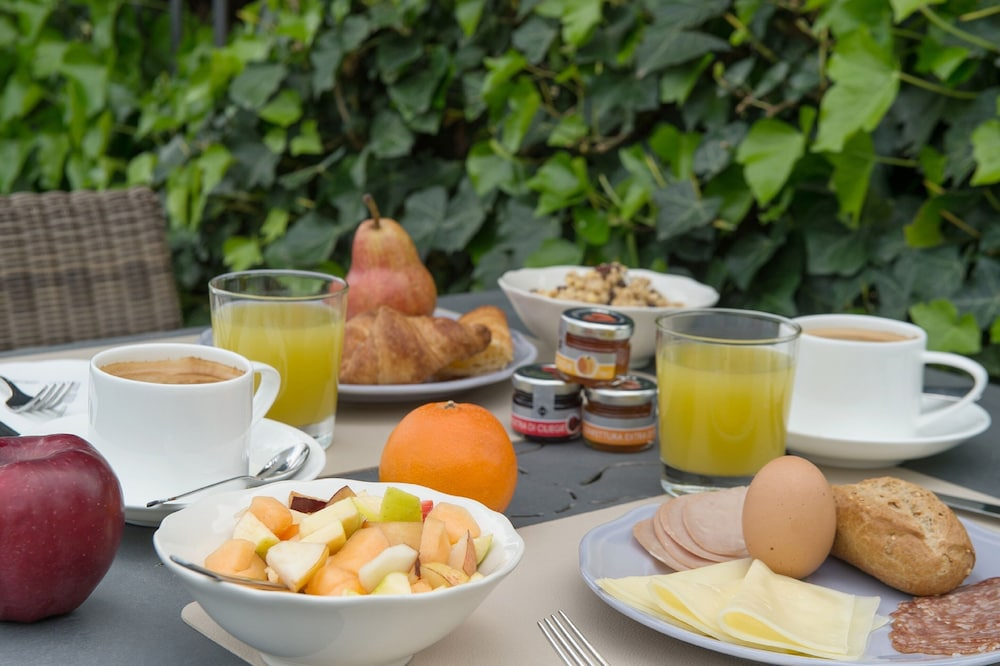Breakfast Meal, Villa Sassolini Luxury Boutique Hotel, The Originals Collection