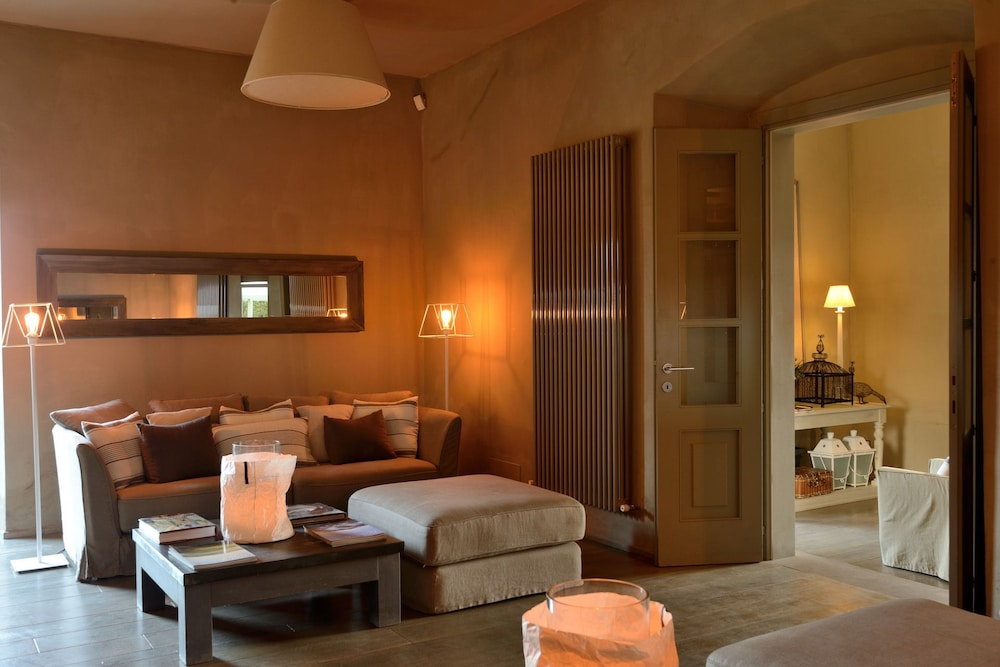 Executive Lounge, Villa Sassolini Luxury Boutique Hotel, The Originals Collection
