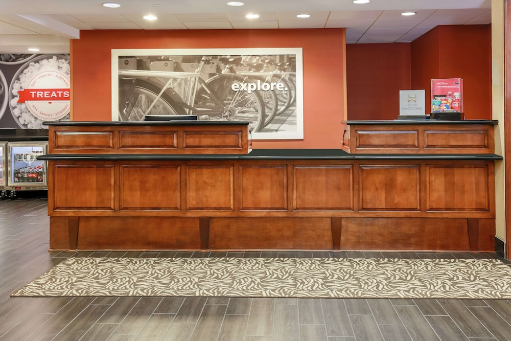 Reception, Hampton Inn & Suites Tallahassee I-10-Thomasville Rd