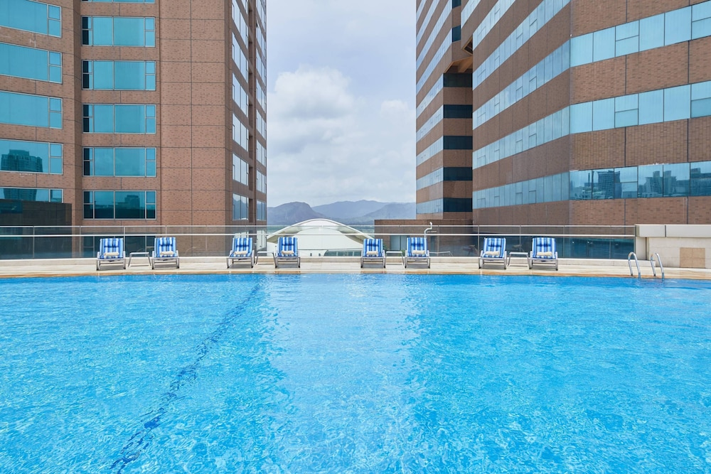 Outdoor Pool, Four Points by Sheraton Shenzhen