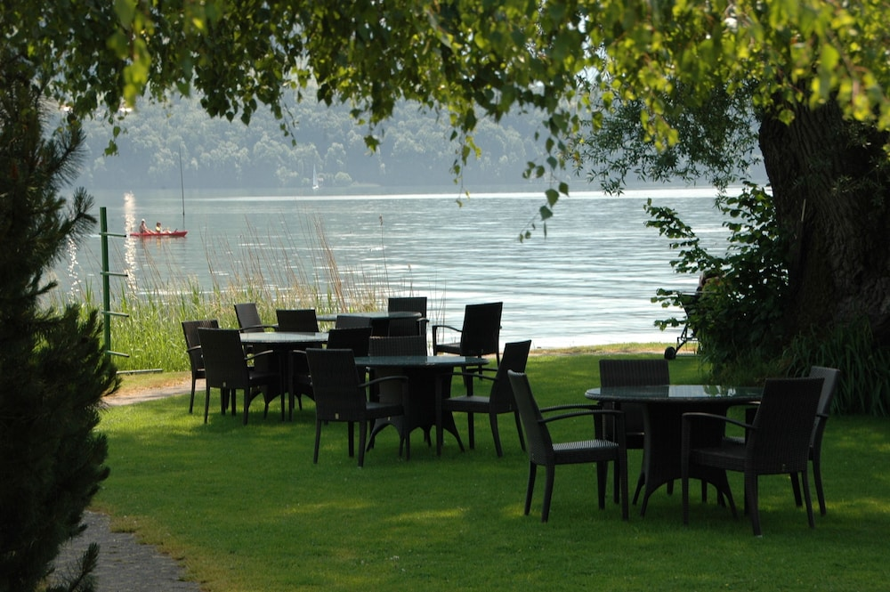 Terrace/Patio, Schloss-Hotel – Swiss-Chalet Merlischachen