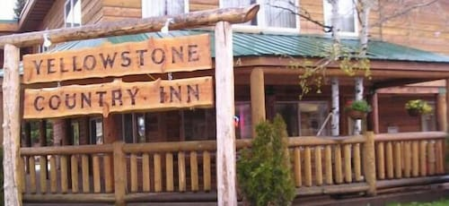 Exterior, Yellowstone Country Inn