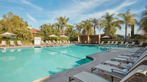 Outdoor pool, open 8:00 AM to 7:00 PM, cabanas (surcharge), sun loungers
