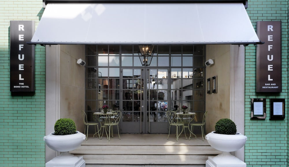 The soho hotel reviews photos rates for Boutique hotel 54 london