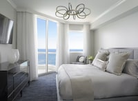 Acqualina Resort & Spa on the Beach (10 of 116)