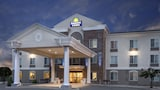 Days Inn & Suites Parachute - Parachute Hotels