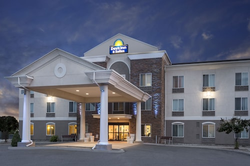 Days Inn & Suites Parachute
