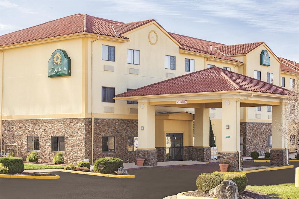 La Quinta Inn Suites Elizabethtown Ky 210 Commerce 42701