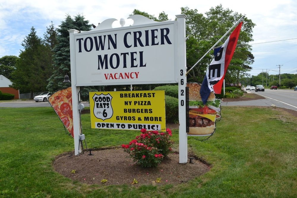 Front of Property, Town Crier Motel