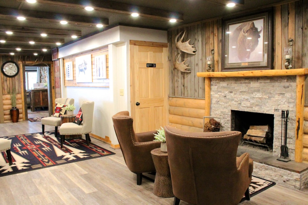 Lobby, Moose Creek Inn