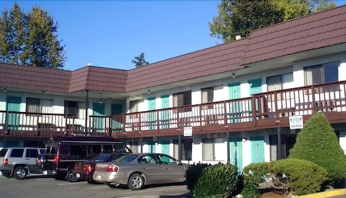 Great Place to stay Sea-Tac Airport Value Inn near Des Moines
