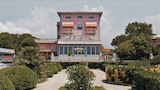 Happy Hotel - Pietrasanta Hotels