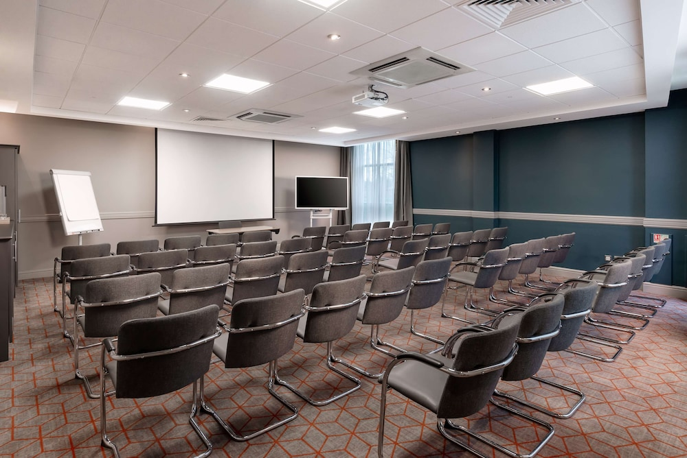 Meeting Facility, Hilton Garden Inn London Heathrow Airport