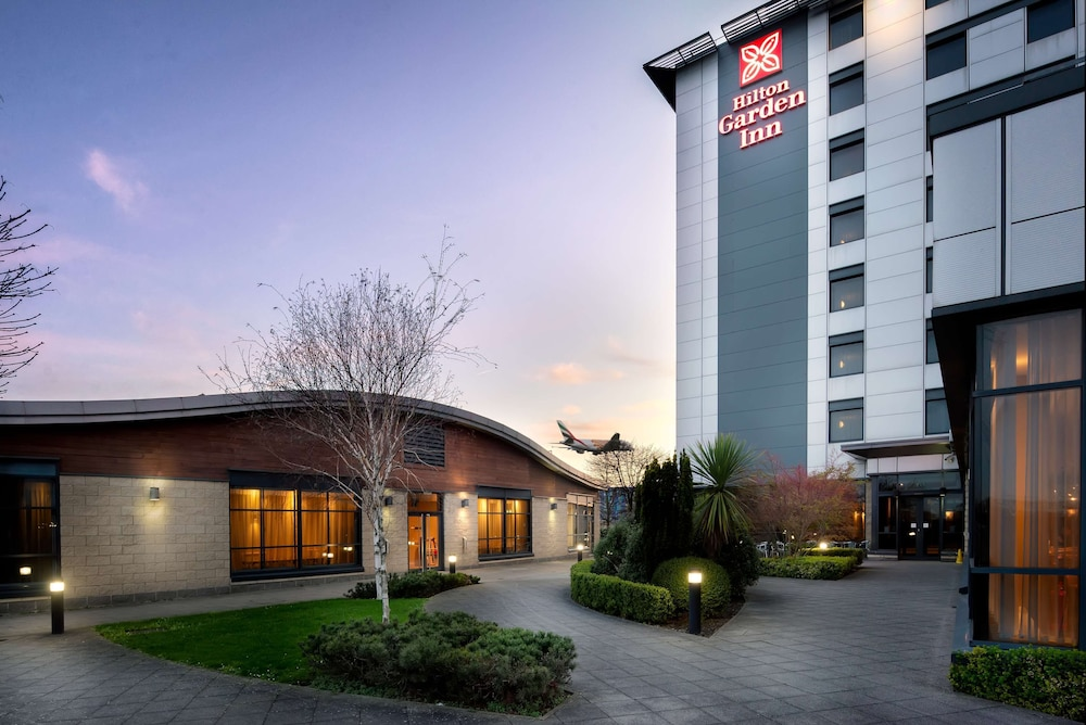 Exterior, Hilton Garden Inn London Heathrow Airport