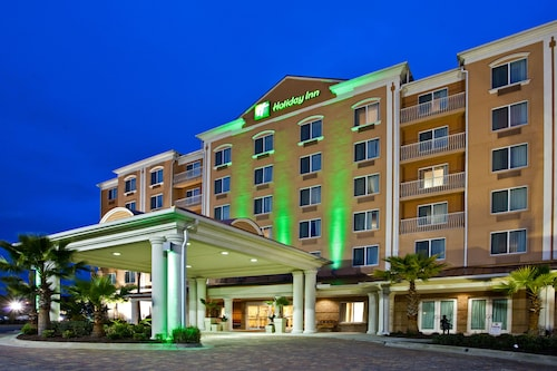 Holiday Inn & Suites Lake City, an IHG Hotel