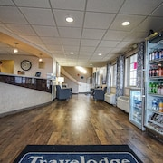 Travelodge by Wyndham Colorado Springs/Hwy 24 E