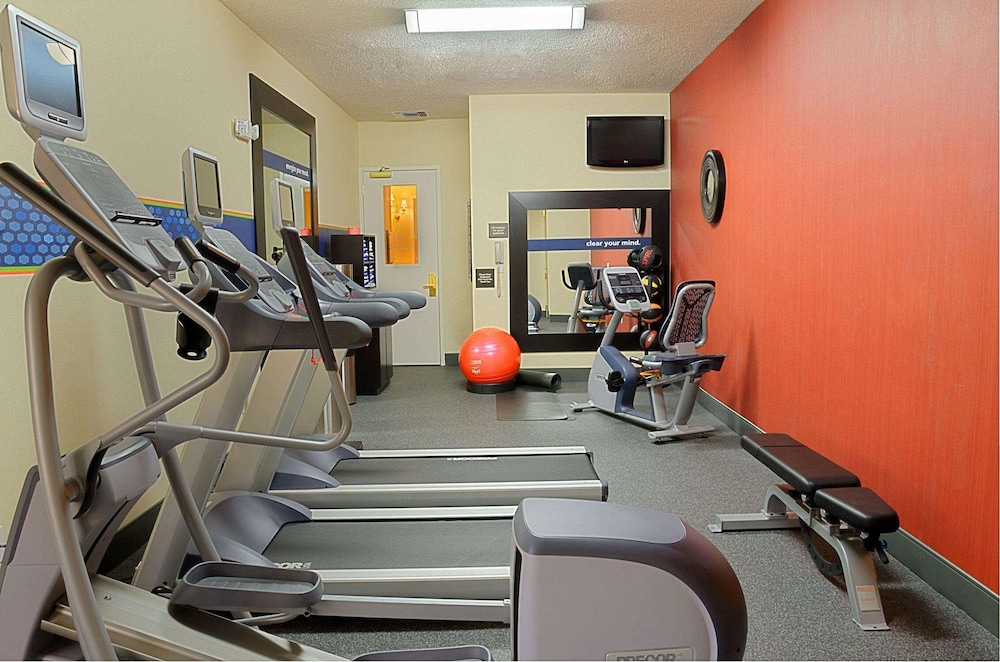 Fitness Facility, Hampton Inn by Hilton West Palm Beach Central Airport