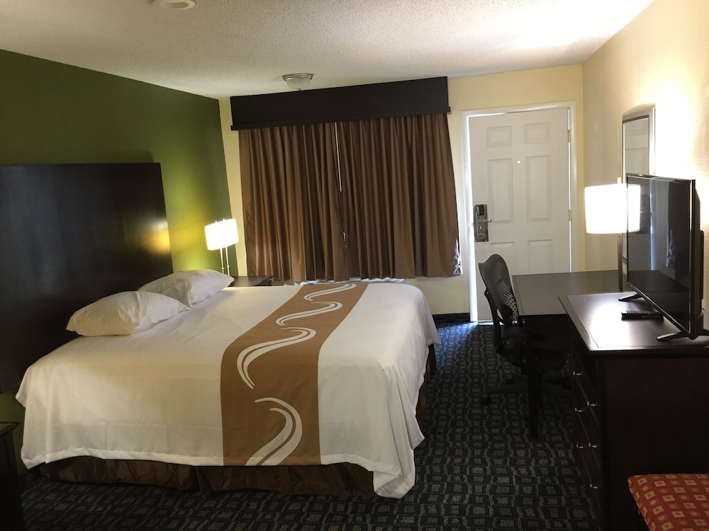 regency inn and suites rosenberg in rosenberg hotel rates rh orbitz com
