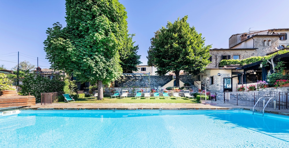 Outdoor Pool, Relais Vignale & Spa