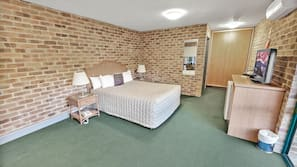 Iron/ironing board, cots/infant beds, rollaway beds
