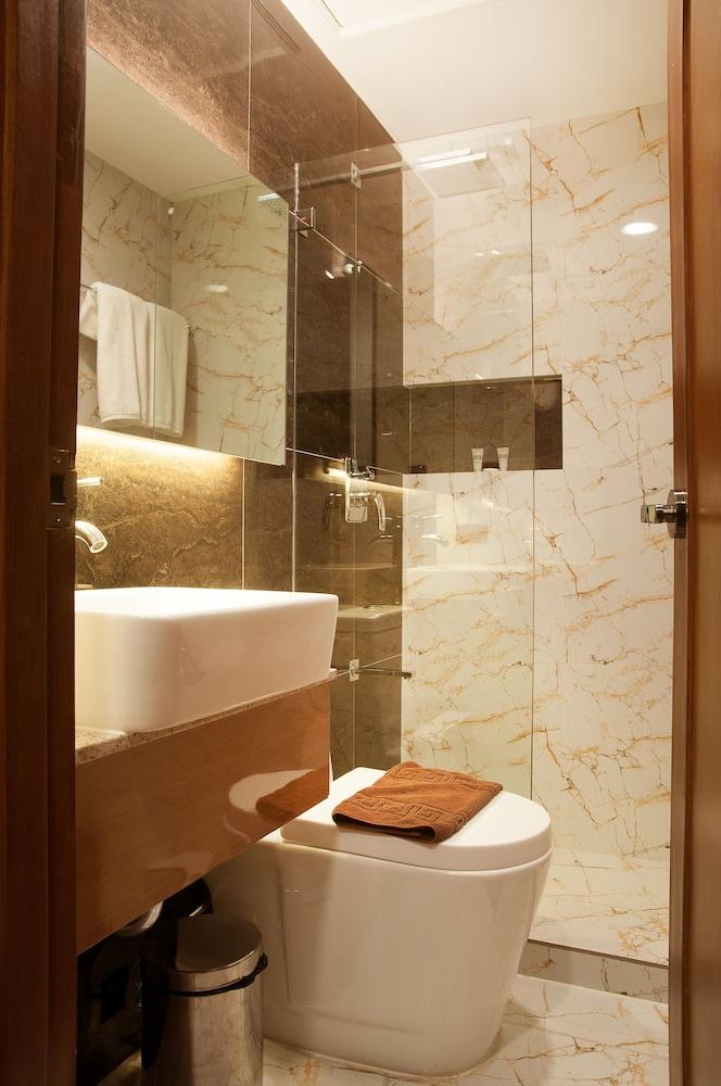 Book Fernandina 88 Suites Hotel Quezon City Hotel Deals
