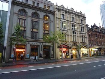 631-635 George Street, Sydney, 2000, Australia.