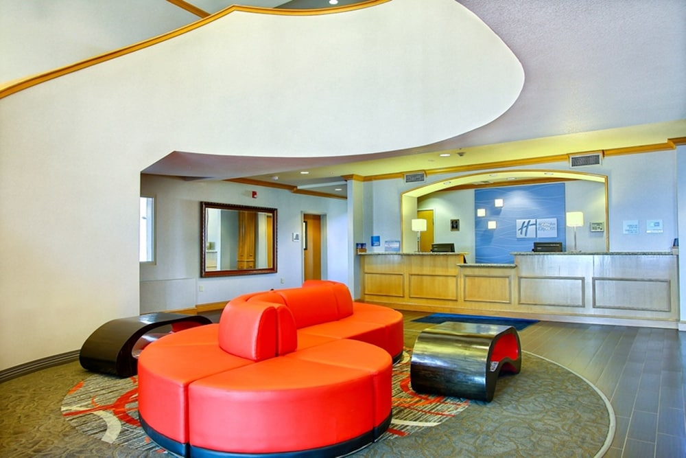 Lobby, Holiday Inn Express Hotel & Suites Boise West - Meridian