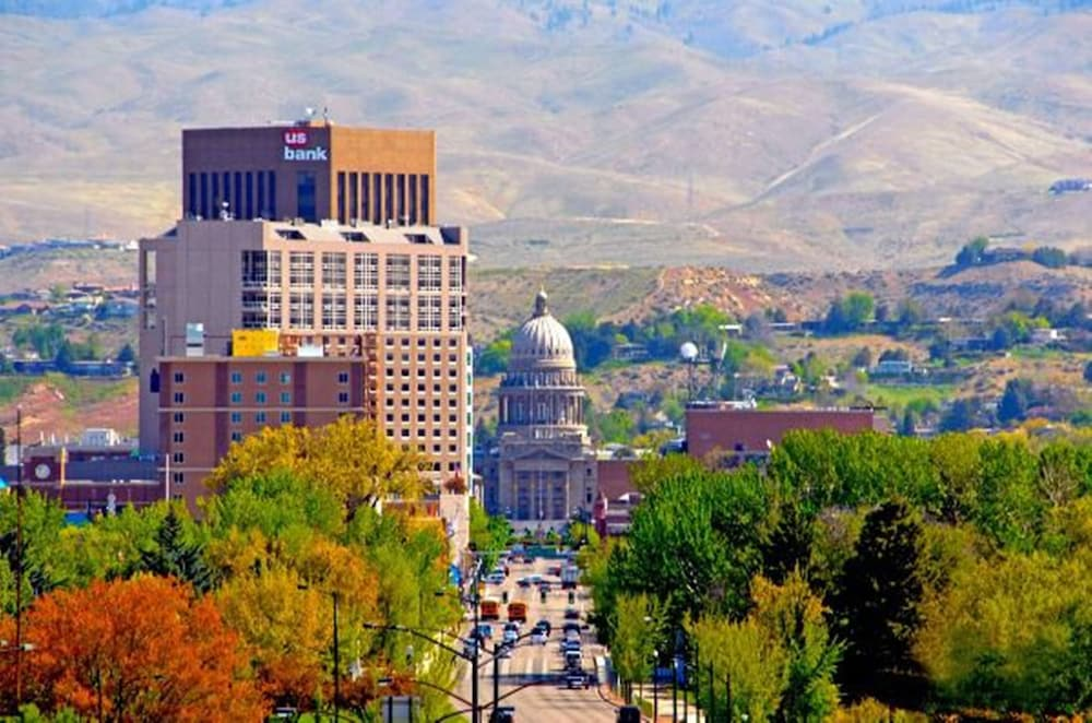 Point of Interest, Holiday Inn Express Hotel & Suites Boise West - Meridian