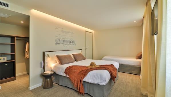 Premium bedding, individually decorated, desk, laptop workspace