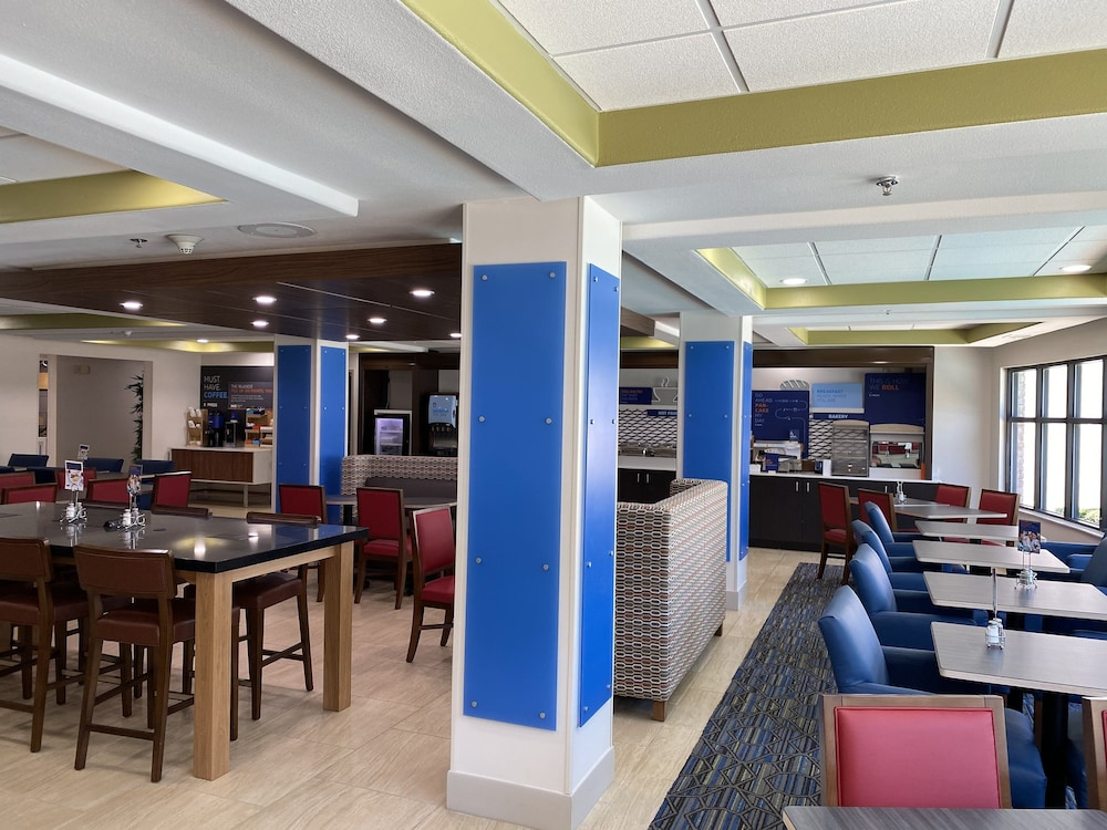 Breakfast Meal, Holiday Inn Express Jacksonville - Blount Island, an IHG Hotel