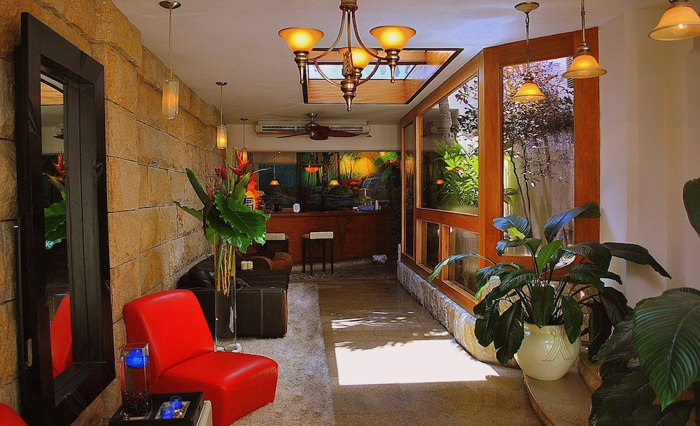 Lobby Sitting Area, Acacia Boutique Hotel