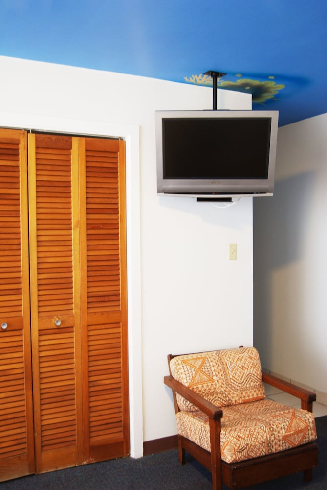Room, Holiday Surf Hotel