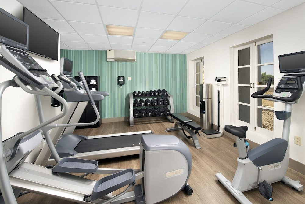 Fitness Facility, Holiday Inn Express San Antonio N-Riverwalk Area, an IHG Hotel
