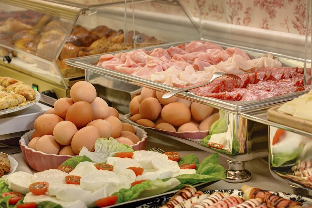 Breakfast buffet, Hotel Residenza in Farnese