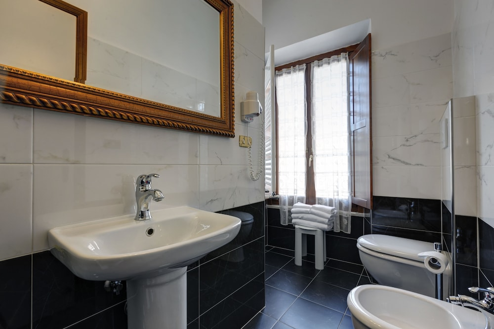 Bathroom, Hotel Residenza in Farnese