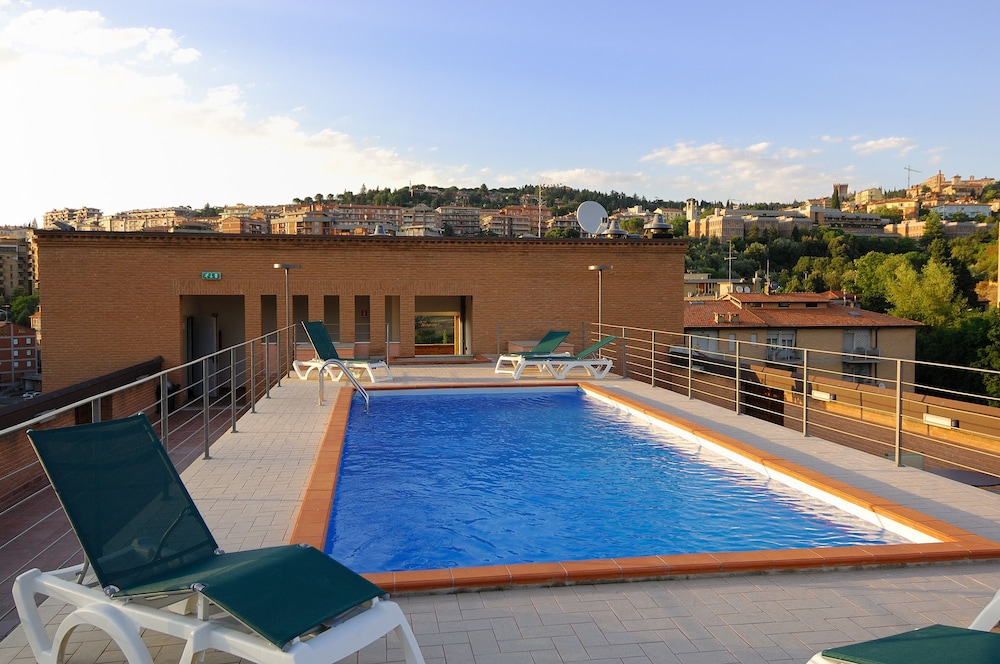 Outdoor Pool, Hotel Giò Wine e Jazz Area